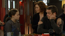 Sophie Ramsay, Rebecca Napier, Paul Robinson in Neighbours Episode 5824