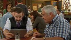Toadie Rebecchi, Lou Carpenter in Neighbours Episode 5824