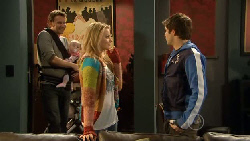 Lucas Fitzgerald, India Napier, Donna Freedman, Declan Napier in Neighbours Episode 5825