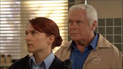 Constable Simone Page, Lou Carpenter in Neighbours Episode 5826