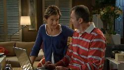 Susan Kennedy, Karl Kennedy in Neighbours Episode 5830