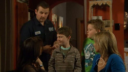 Toadie Rebecchi, Libby Kennedy, Ben Kirk, Callum Jones, Steph Scully in Neighbours Episode 5830