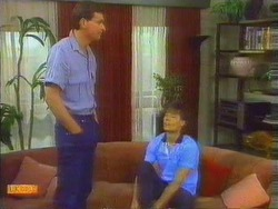 Des Clarke, Mike Young in Neighbours Episode 0662