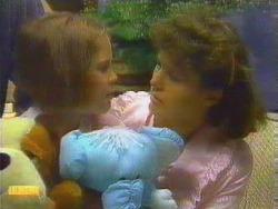 Katie Landers, Beverly Marshall in Neighbours Episode 0662