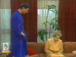 Des Clarke, Eileen Clarke in Neighbours Episode 0663