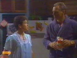 Lucy Robinson, Jim Robinson in Neighbours Episode 0666