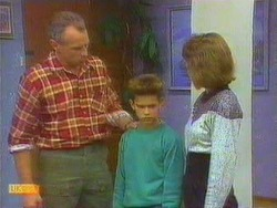 Jim Robinson, Todd Landers, Beverly Robinson in Neighbours Episode 0667