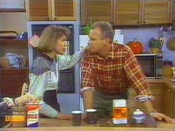 Beverly Robinson, Jim Robinson in Neighbours Episode 0667