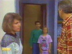 Beverly Marshall, Todd Landers, Katie Landers, Jim Robinson in Neighbours Episode 0667