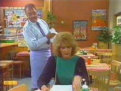 Harold Bishop, Madge Bishop in Neighbours Episode 0669