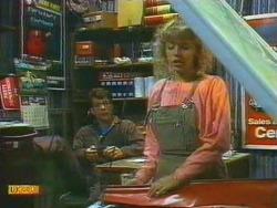 Tony Romeo, Charlene Mitchell in Neighbours Episode 0669