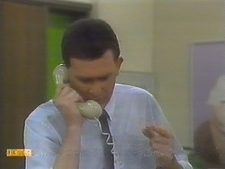 Des Clarke in Neighbours Episode 0782