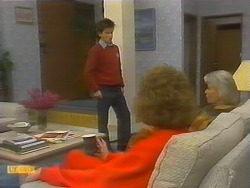 Todd Landers, Madge Bishop, Helen Daniels in Neighbours Episode 0783