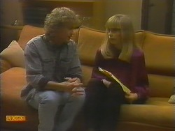 Henry Ramsay, Jane Harris in Neighbours Episode 0784