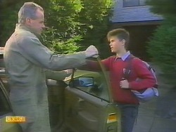 Jim Robinson, Todd Landers in Neighbours Episode 0785
