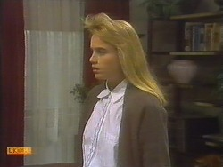 Bronwyn Davies in Neighbours Episode 0785