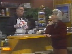 Harold Bishop, Helen Daniels in Neighbours Episode 0786