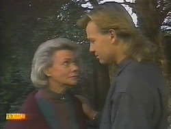 Helen Daniels, Scott Robinson in Neighbours Episode 0786