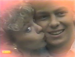 Charlene Mitchell, Scott Robinson in Neighbours Episode 0787