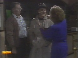 Harold Bishop, Scott Robinson, Madge Bishop in Neighbours Episode 0788