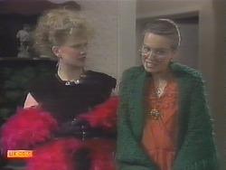 Sharon Davies, Bronwyn Davies in Neighbours Episode 0788