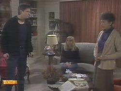 Joe Mangel, Jane Harris, Nell Mangel in Neighbours Episode 0788