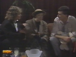 Henry Ramsay, Edith Chubb, Des Clarke in Neighbours Episode 0789