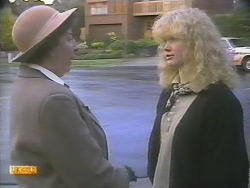 Edith Chubb, Sharon Davies in Neighbours Episode 0789