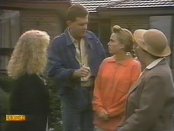 Sharon Davies, Des Clarke, Bronwyn Davies, Edith Chubb in Neighbours Episode 0789