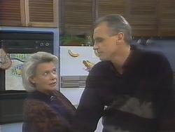 Helen Daniels, Jim Robinson in Neighbours Episode 0790