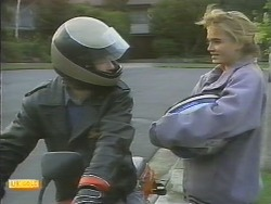 Mike Young, Bronwyn Davies in Neighbours Episode 0790