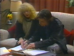 Sharon Davies, Mike Young in Neighbours Episode 0791