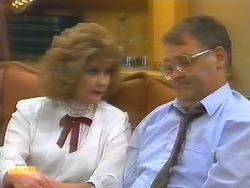 Madge Bishop, Harold Bishop in Neighbours Episode 0793