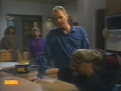 Beverly Marshall, Helen Daniels, Jim Robinson, Nick Page in Neighbours Episode 0794