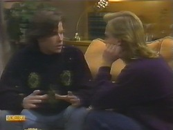 Mike Young, Scott Robinson in Neighbours Episode 0794