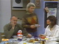 Jim Robinson, Helen Daniels, Beverly Marshall in Neighbours Episode 0794