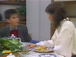 Todd Landers, Beverly Marshall in Neighbours Episode 0794