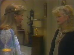 Bronwyn Davies, Sharon Davies in Neighbours Episode 0795