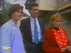 Mike Young, Des Clarke, Bronwyn Davies in Neighbours Episode 0795