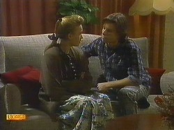 Bronwyn Davies, Mike Young in Neighbours Episode 0806