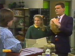 Mike Young, Bronwyn Davies, Des Clarke in Neighbours Episode 0806