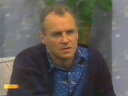 Jim Robinson in Neighbours Episode 0806