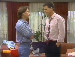 Mike Young, Des Clarke in Neighbours Episode 0807