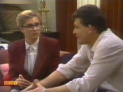 Penelope Porter, Des Clarke in Neighbours Episode 0807