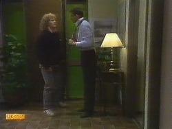 Henry Ramsay, Des Clarke in Neighbours Episode 0807