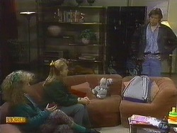 Sharon Davies, Bronwyn Davies, Mike Young in Neighbours Episode 0807