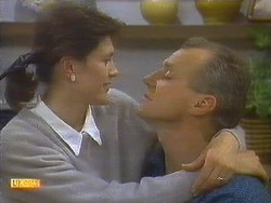 Beverly Marshall, Jim Robinson in Neighbours Episode 0808