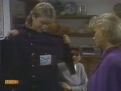 Nick Page, Beverly Robinson, Helen Daniels in Neighbours Episode 0809