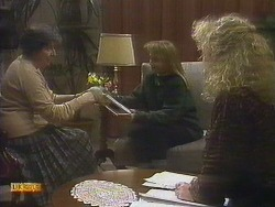 Edith Chubb, Bronwyn Davies, Sharon Davies in Neighbours Episode 0809