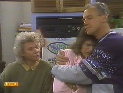 Helen Daniels, Beverly Robinson, Jim Robinson in Neighbours Episode 0809